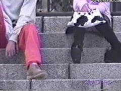 女子校生のパンチラ動画