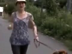 ヘンリー塚本 セックスレスの巨乳人妻は近所の男のチ◯ポを手コキ&イラマチ...