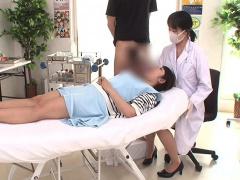 歯医者でこっそり患者にフェラ&口内射精でごっくんさせる夢の企画www