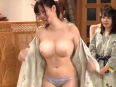激かわ巨乳AV女優たちと野球拳した後に夢のハーレム3Pセックス!