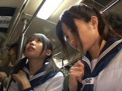 仲良し黒髪JK二人組をバスで同時に痴漢して友達の前で見せつけレイプ!