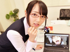 VR 仕事中にエロ動画を覗いていたのを先輩OLにバレてお仕置きフェラにオフ...