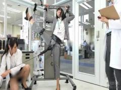 検証企画  250000回転の電マ SOD社員が身体を張って検証! 手足を拘束され...