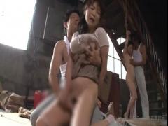 姉妹そろって犯される熟女。廃工場の中に監禁される日々