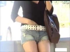 スタイル抜群の女が大胆な露出野外オナニー! スレンダー 巨乳 盗撮 隠し撮り