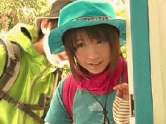 魔鏡號 高尾の山に来ていた学生カップルをロハのあん摩に招きカレシが外で...