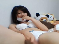無修正ライブチャット動画 可愛いちっぱい貧乳清楚系美少女 おまんこ指入...