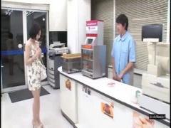 超欲求不満の鈴村あいりが面接にやって来た~! ! !
