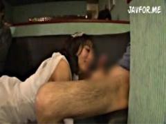 抜きキャバでセクシーなキャバ嬢が濃厚なフェラ抜きサービス! ノーハンド...