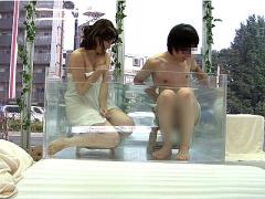 素人ナンパ 友達同士の大学生が初めての混浴体験! ! 初めて見る裸に興奮マ...