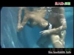 時間よ止まれ! 今回はプールで、しかも水中でGカップ爆乳高身長スタイル抜...