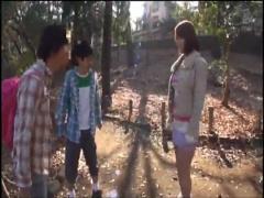 お宅訪問でキモメンの住人にハメられてしまうタレントの巨乳お姉さん