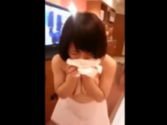 巨乳な彼女にホテルでフェラ抜きしてもらったスマホ撮り動画!