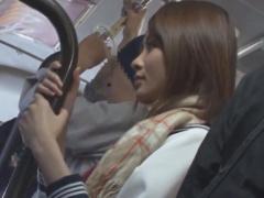 バスでパンストを破かれレイプ痴漢されちゃうJKの動画