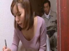 痴女誘惑 むっちり巨乳人妻が自慢のノーパンデカ尻で誘ってチンポ不足を補う