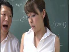 美人教師 恥じらいの脱糞 男子生徒に見られ罵声を浴びながら屈辱的脱糞を...
