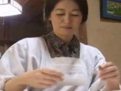 へンリー塚本 熟れた未亡人の乾いた膣を潤す絶倫のチンチン…