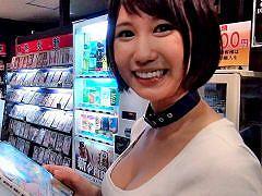 湊莉久が個室ビデオ店に出張 本人出演のAV見ながら本人をハメる