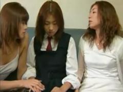 ヘンリー塚本 レズレイプ 生意気な女子校生が美熟女達に犯されて理性崩壊!...