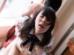 女子校生 激カワ美少女! スレンダーで可愛い制服黒髪JKw 女子校生と騎乗位...