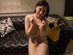素人妻ナンパ 超巨乳で豊満な若奥さんをGETしてホテルでLOVEラブ個人撮影!
