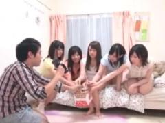 企画 真面目な女子大生が人生初の王様ゲーム! インテリ美女達に群がられる...
