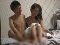 童貞卒業 年下男性と母性溢れる生ハメSEX 童貞チ〇ポを優しく射精に導く。...