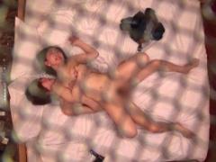 隠し撮り 若い男と昼間からラブホで不倫する熟女妻、コンドームを破けやす...