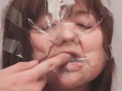 テープやタイツで強制的に変顔を作らされるドM女の顔面崩壊シーン