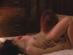 薄暗い風俗店で熟女たちが秘密の本番サービス エロマッサージ動画
