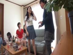ヤリサー  サークルのビデオには、ノリノリでパコパコの恋人の姿があった