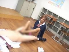 ルーズソックスのギャルJKが先生に臭い足のニオイを嗅がせ、乳首責め&足コ...