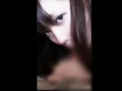 個人撮影 ※削除注意! アイドル級JKが初見男のチンポを凄テクフェラでザー...
