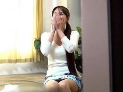 人妻ナンパ 清楚系の美人な巨乳奥様を部屋に連れ込んで生中出しSEXを隠し...