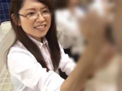 SOD女子社員が男湯で手コキ発射! 忘年会編