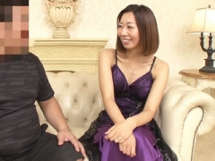三十路熟女 昨日まで普通の主婦が、泡姫に変身 アナル全開です