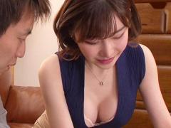 エッチな美人家庭教師が教え子の生徒を誘惑して精子を搾り取る