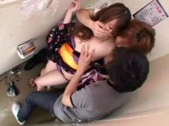 鬼畜男達にトイレでレイプされザーメン花火を中出しされる浴衣巨乳お姉さん
