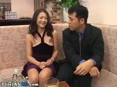 お金渡したらセックスさせてくれる美熟女友田真希さん