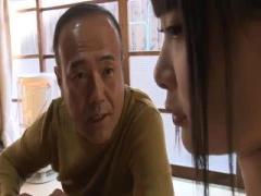 ヘンリー塚本作品 合法童顔ミニマムの現役五反田デリヘル嬢が親父と近親相姦