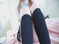 洋 童顔美少女 19才の洋 激カワJK! ウエストが細いくびれと透き通る色白肌...