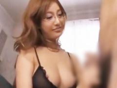 美人な家庭教師と誘惑SEX! 自由奔放なエロさで生徒を釘付けにし性欲を満た...