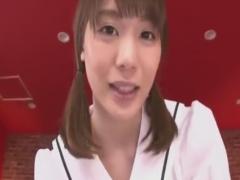 JK痴女のローション手コキ責めで強制射精させられるM男の動画