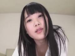 パンツ手コキでM男をいじめる童顔痴女お姉さん動画