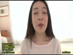 若妻人妻さん連れ込み動画 69フェラで人妻さんのお尻のつぼみをヒクヒクさ...