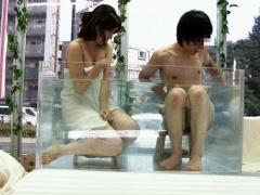 マジックミラー号 モニタリング 都会の真ん中で男女友達の大学生が混浴し...