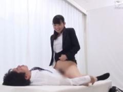 就活中のスーツ女子大生と43歳の童貞サラリーマンが筆おろしSEX!