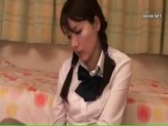 JK角オナニー 三つ編み美少女制服女子校生が消しゴム、定規、リコーダーで...