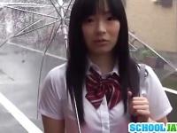 色白で童顔な女子校生にお小遣いを渡してラブホで即ハメ