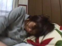 個人撮影 素人 中出し 顔出し ヤバいやつ 熟睡している娘に悪戯。ほぼレイ...
